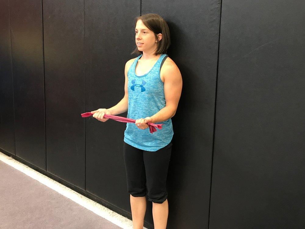 упражнения для прямой спины в домашних условиях