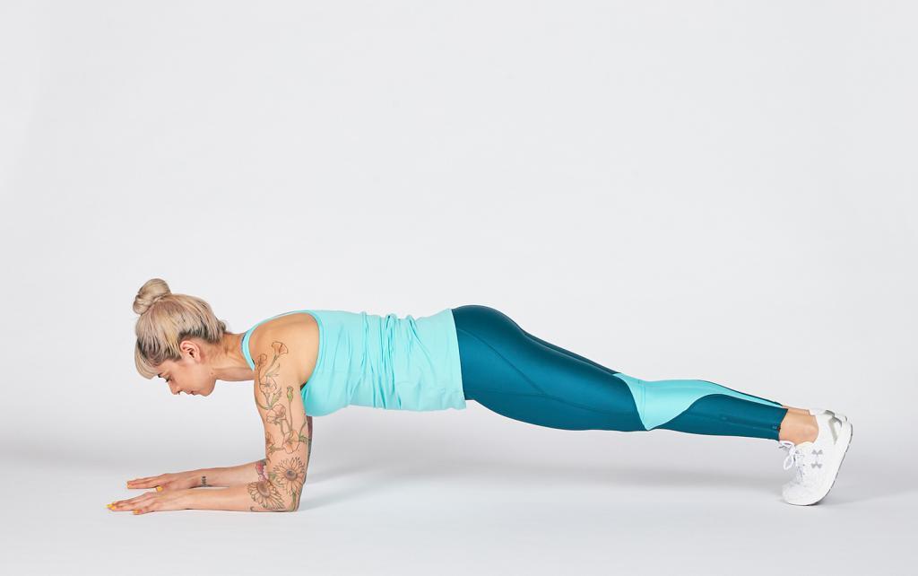 упражнения для прямой спины и шеи