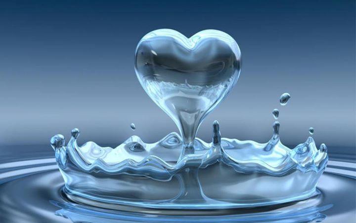 капля в виде сердца