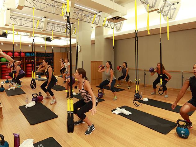 Занятие в фитнес-клубе