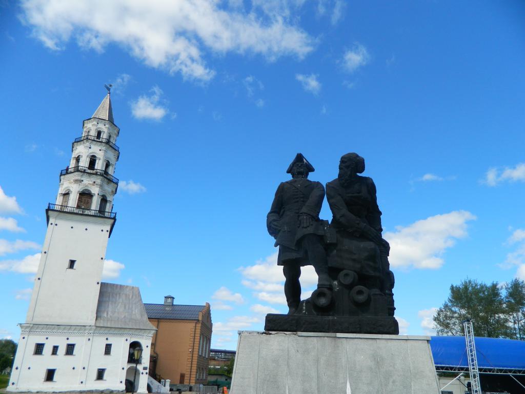 Невьянск наклонная башня