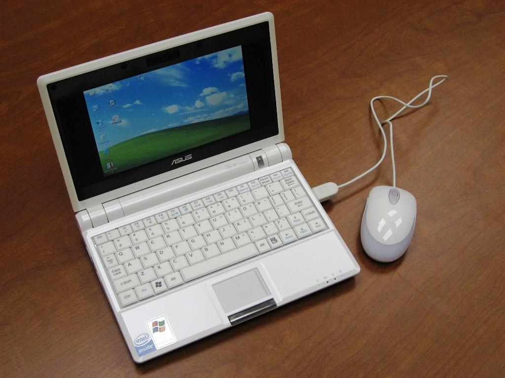 Дизайн Asus EEE PC 4G
