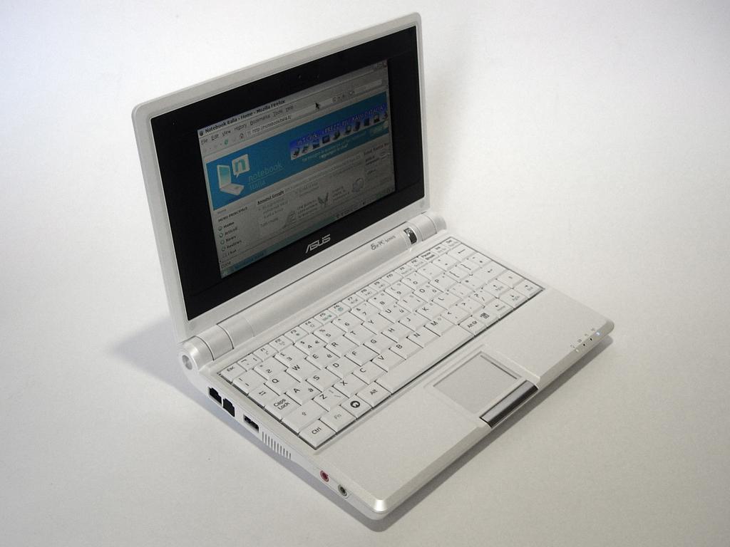 Детали Asus EEE PC 4G