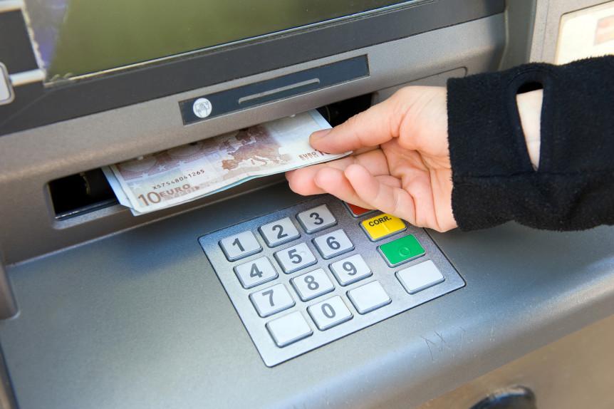 как банку заработать на кредитной карте