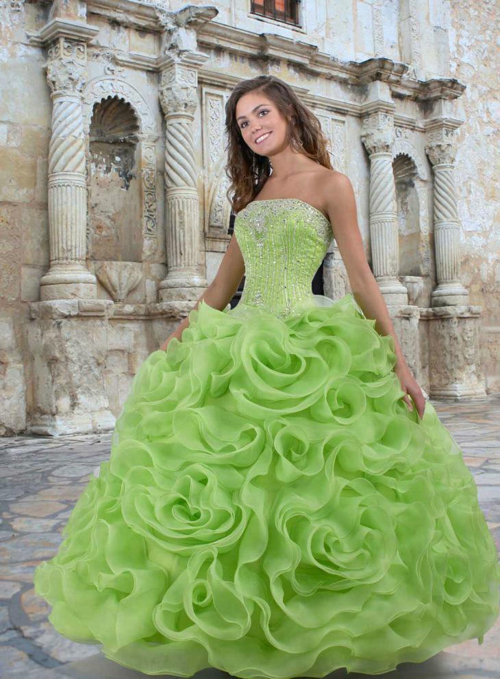 свадебные платья зеленого цвета фото
