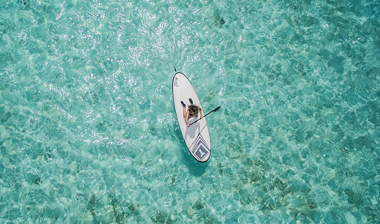 Лодка и море