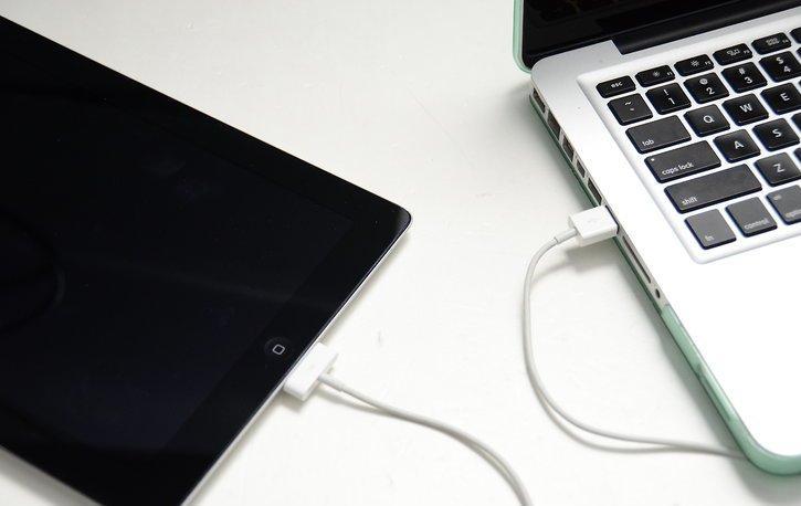 Айпэд и ноутбук