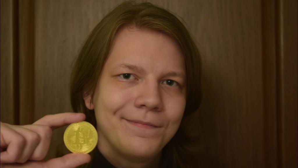 Зарабатывать на биткоинах Павел захотел еще в школьные годы