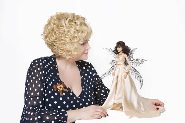 Светлана Пчельникова со своей куклой