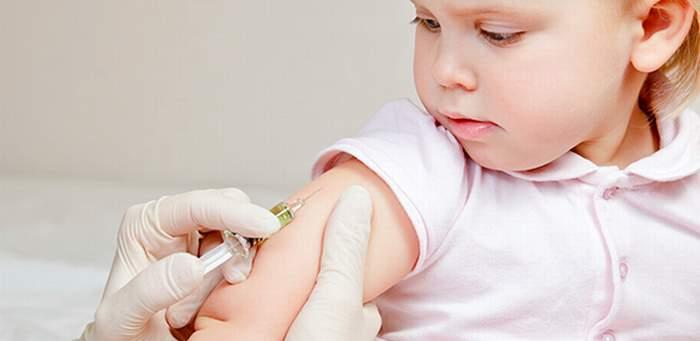 Стоит ли делать прививки ребенку 4 месяца?