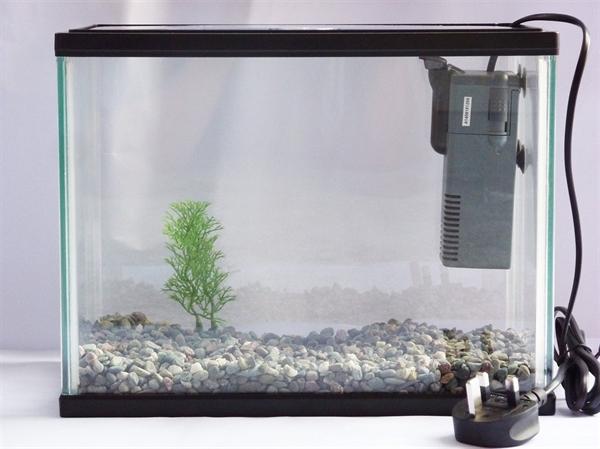 Внутренние фильтры для маленького аквариума