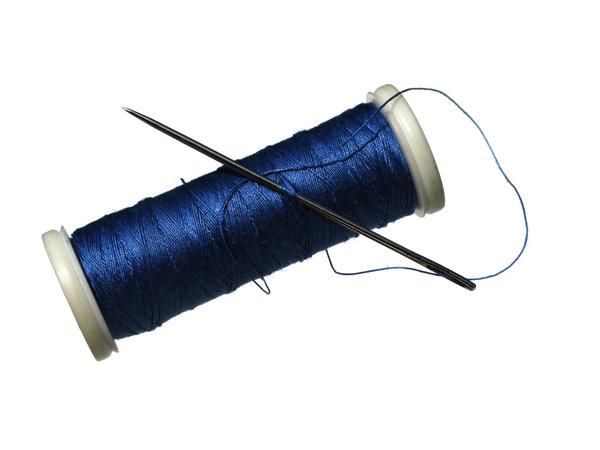 синие нитки