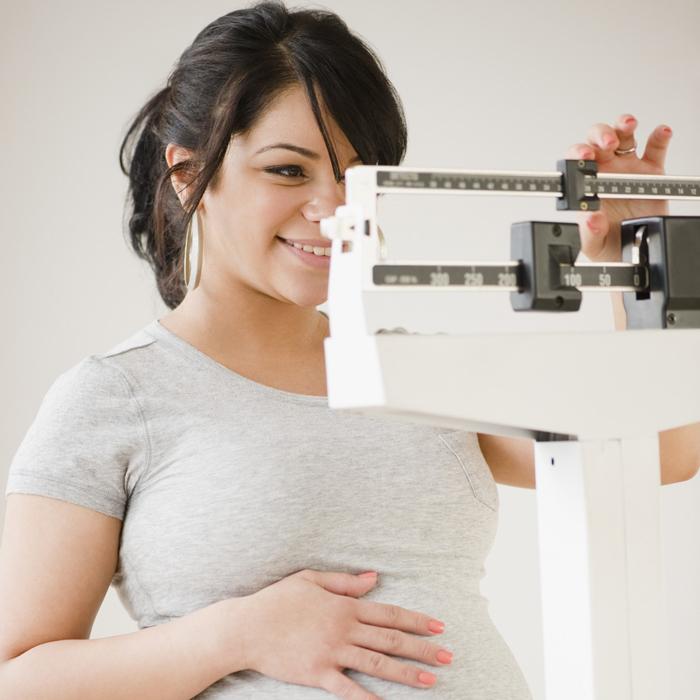 Когда перестает расти грудь при беременности