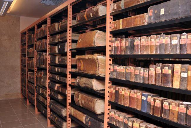 древние рукописи матенадарана
