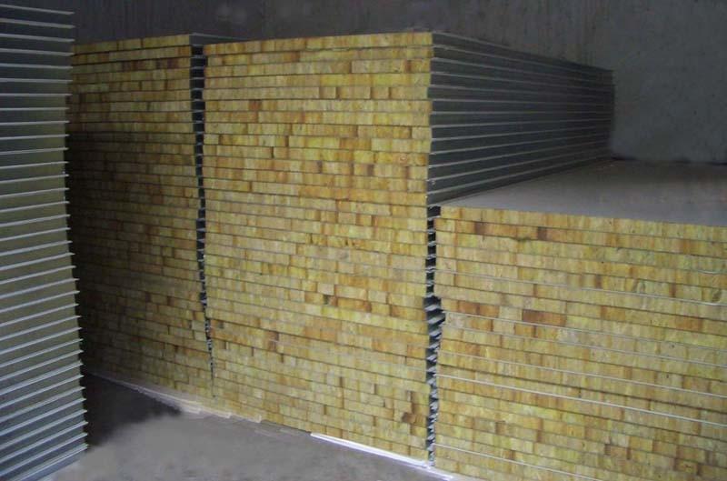 коэффициент теплопроводности сэндвич-панелей