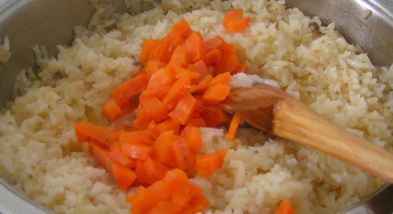 Рис и морковь
