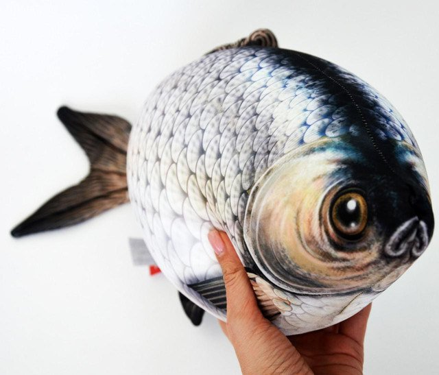 Рыбка-подушка для шеи