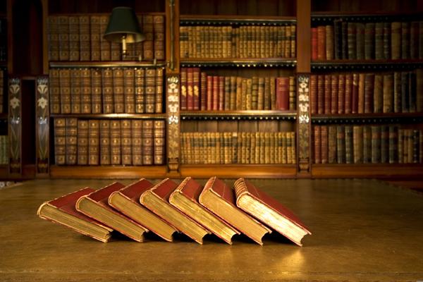 книги полки