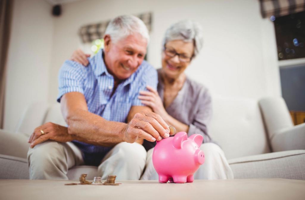 как получить страховую часть пенсии работающему пенсионеру
