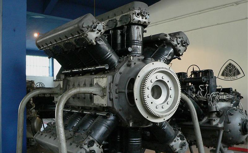 вертолетный двигатель