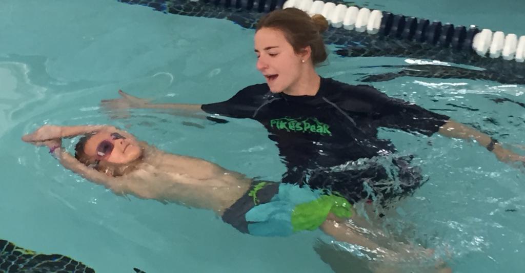 Тренировка детей пловцов