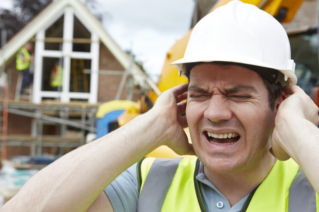 Уровень шума в рабочих условиях