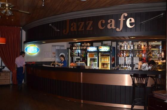 Барная стойка в Джаз кафе