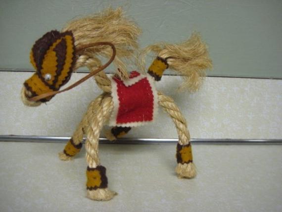 как сделать игрушечную лошадь