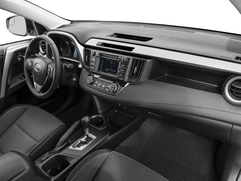 """""""РАВ-4"""" или """"Тигуан"""": что лучше, технические характеристики, мощность, плюсы и минусы автомобилей"""