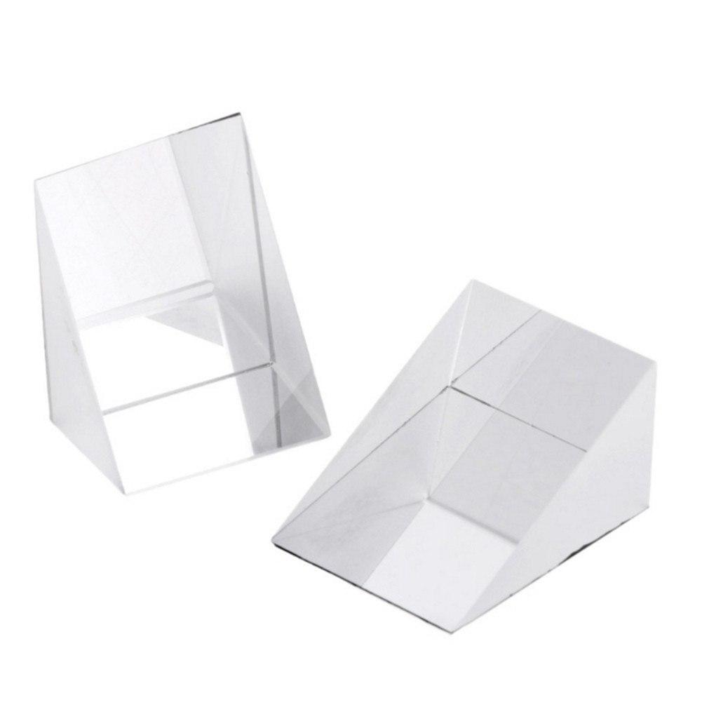 Треугольная стеклянная призма
