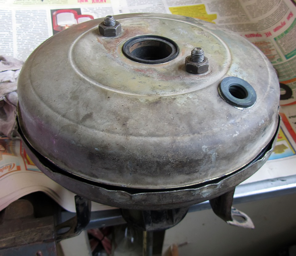 Вакуумный усилитель тормозов ВАЗ-2109: замена своими руками