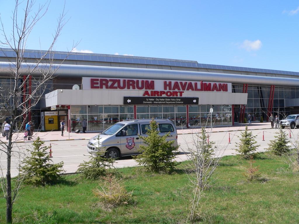 аэропорт Эрзурума