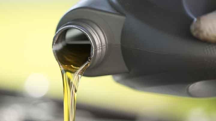 Лучшее автомобильное масло: рейтинг, виды, характеристики, особенности и отзывы