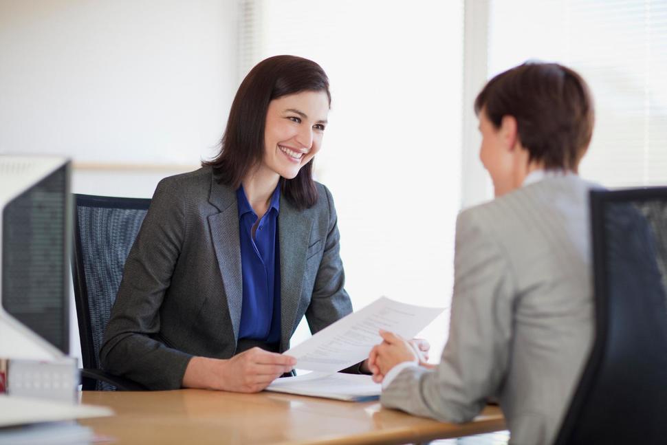 общение с сотрудником службы занятости