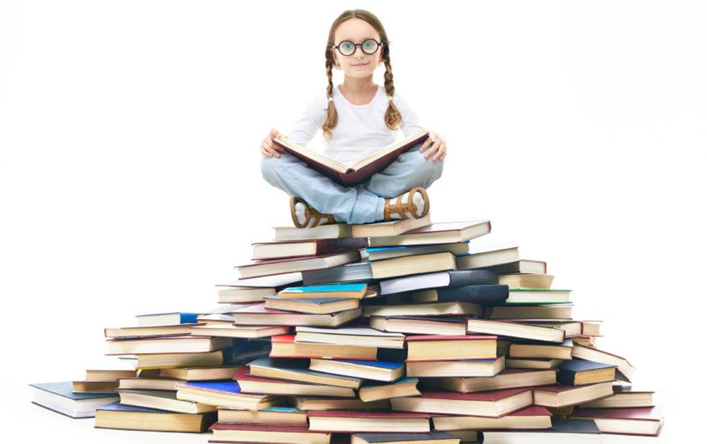 в чем заключается приоритет образования