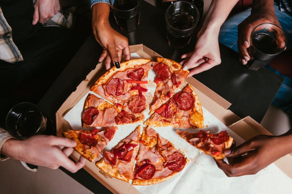 """Пицца в """"Два берега"""""""