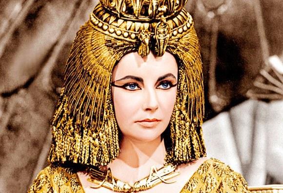 Э. Тейлор в роли царицы Клеопатры