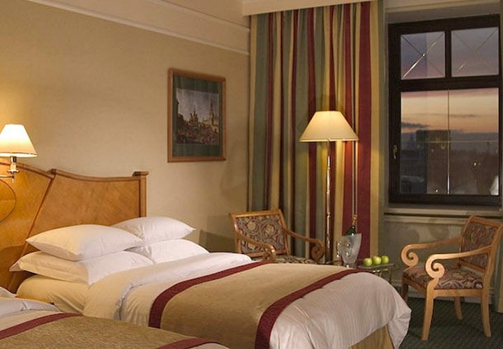 marriott grand hotel москва