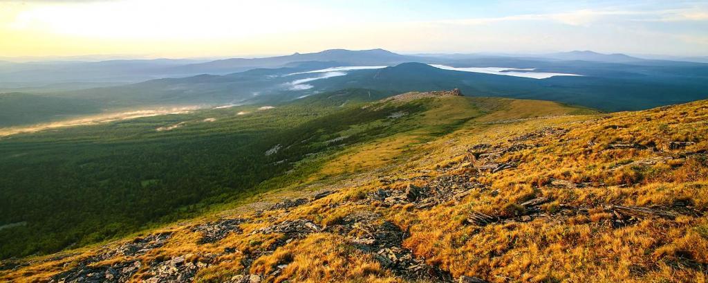 Предгорья уральских гор в Свердловской области
