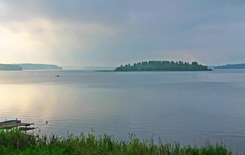 Волчихинские водохранилище (Свердловское море)