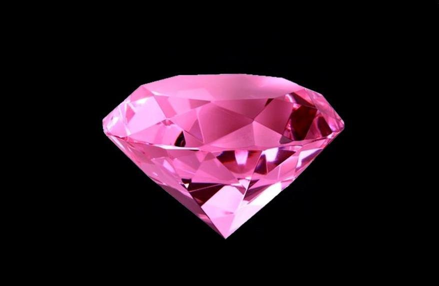 розово-лиловый бриллиант