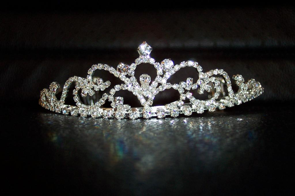 Корона из бриллиантов