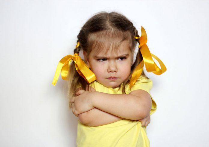 Почему упрямится ребенок?