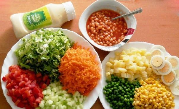фасоль и сухарики салат