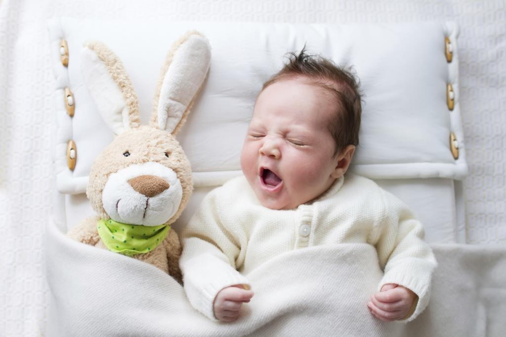 Почему малыш плохо спит ночью?