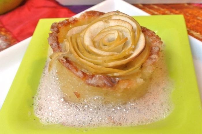 Торт шарлотка с яблоками