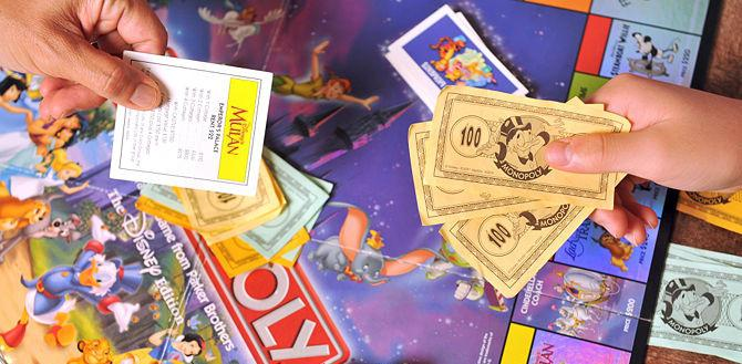 как играть в монополию с банковскими картами