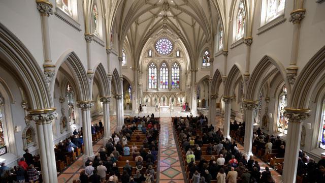 отличие католиков от протестантов