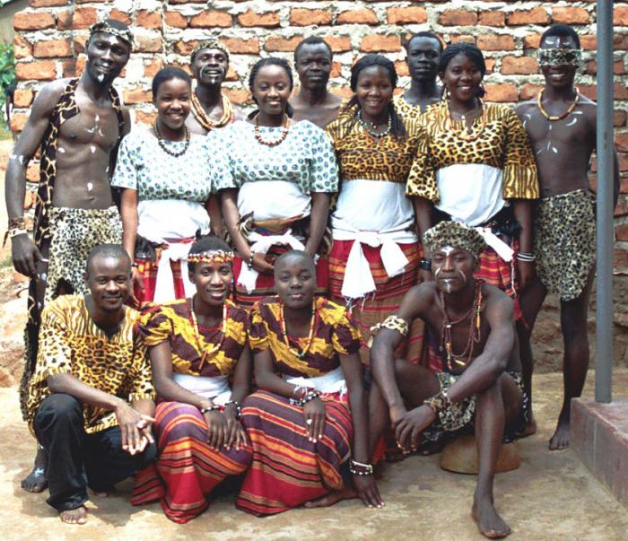concise essay culture different ethnic groups nigeria west Mental health practitioners work in an increasingly multicultural world, shaped by the migrations of people of many different cultural, racial and ethnic backgrounds.