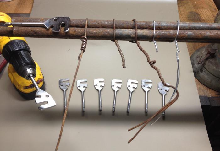 Сделать крючок для вязания арматуры 24